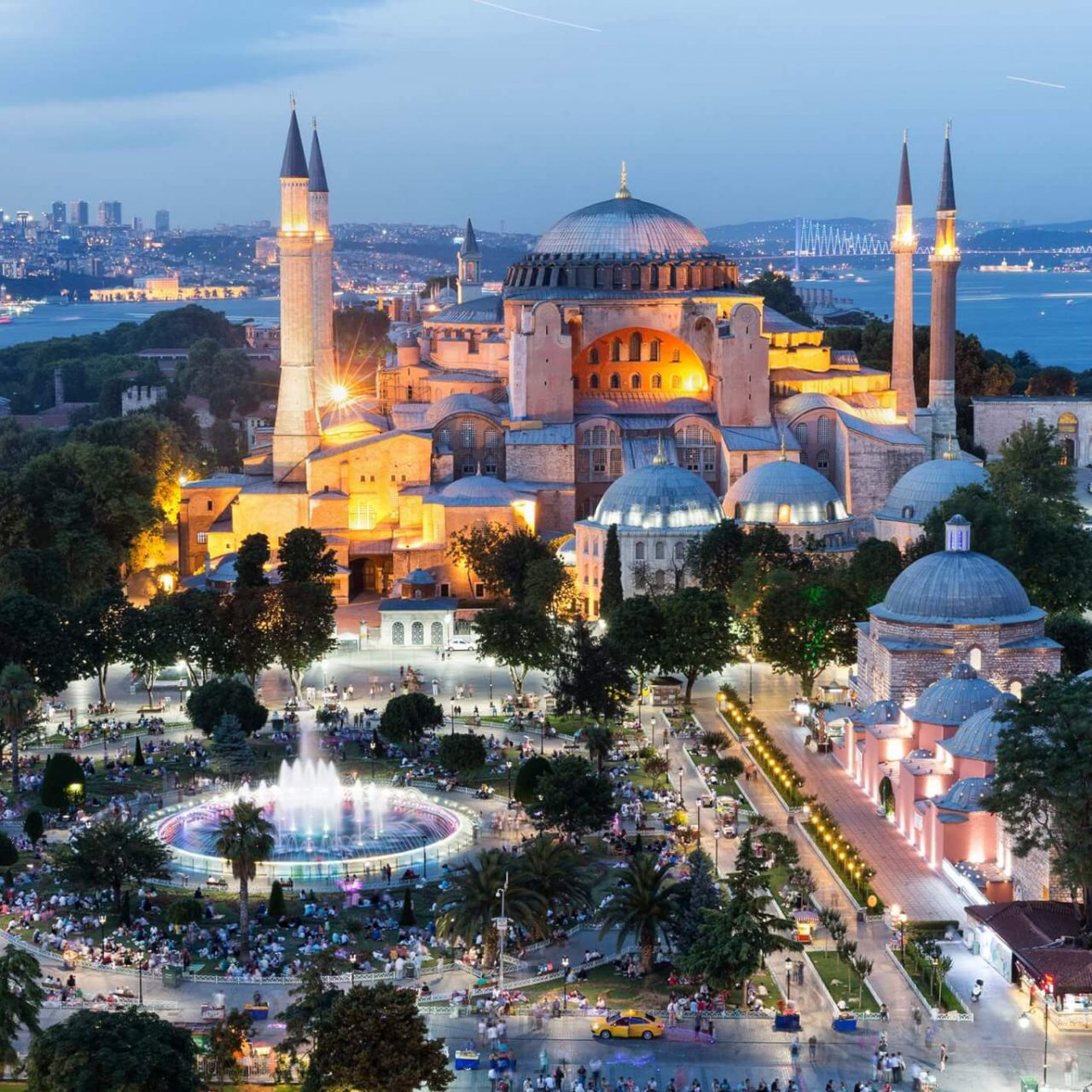 http://travelicious.bold-themes.com/main-demo/wp-content/uploads/sites/2/2018/09/destination-istanbul-02-1280x1280.jpg