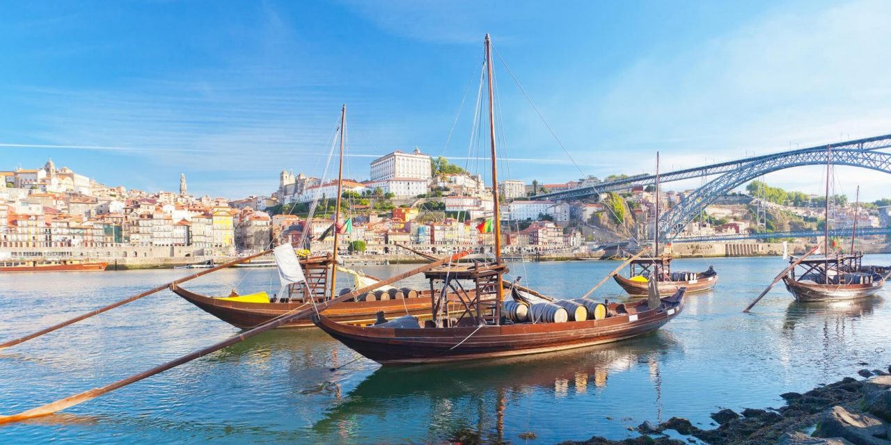 http://travelicious.bold-themes.com/main-demo/wp-content/uploads/sites/2/2018/09/portugal-01-1280x640.jpg