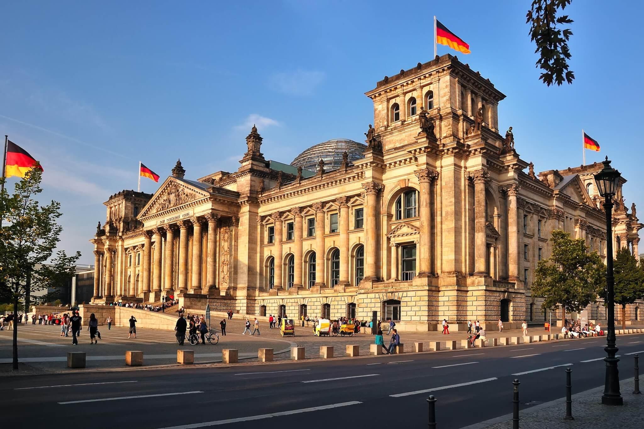 https://travelicious.bold-themes.com/main-demo/wp-content/uploads/sites/2/2018/09/destination-berlin-01.jpg