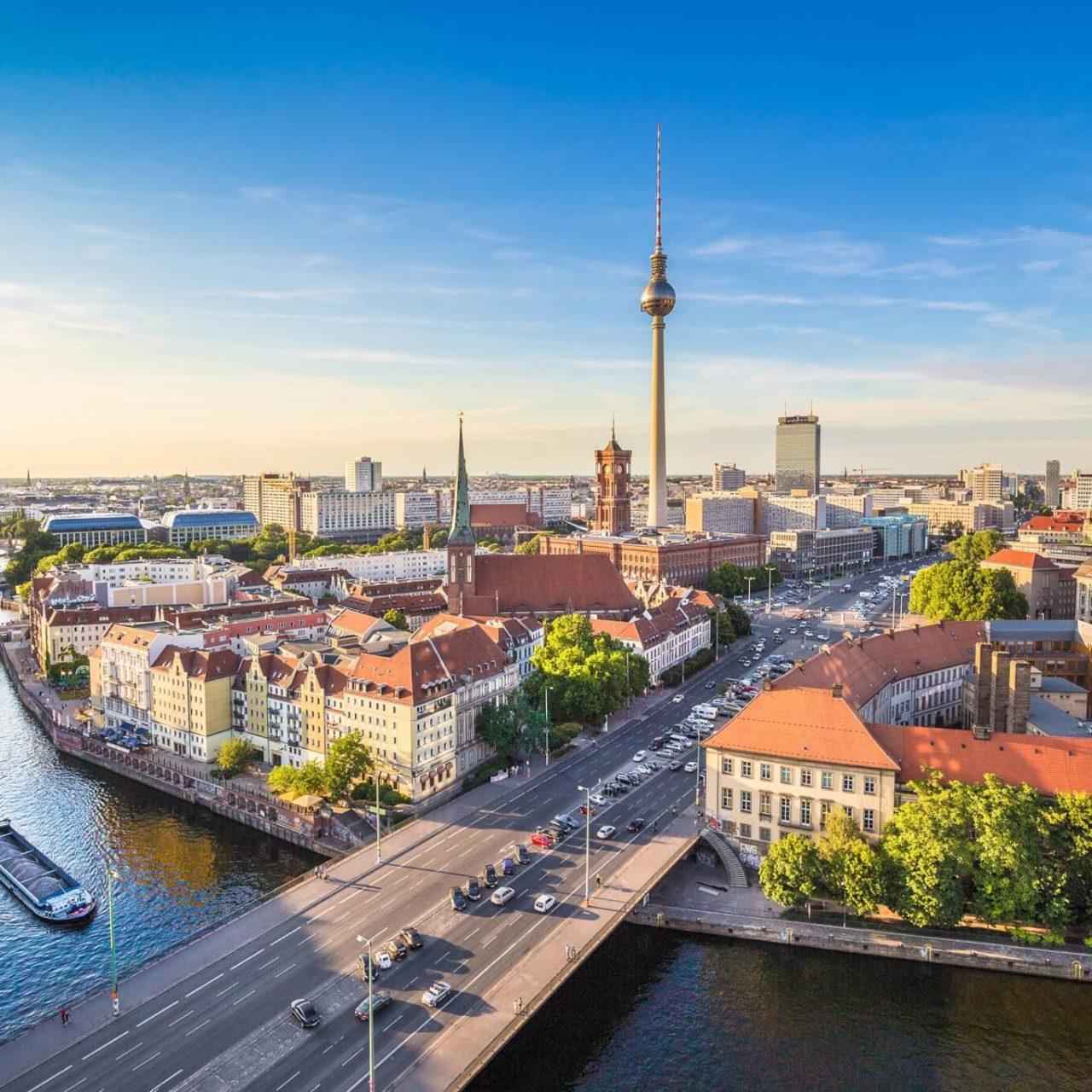 https://travelicious.bold-themes.com/main-demo/wp-content/uploads/sites/2/2018/09/destination-berlin-05-1280x1280.jpg
