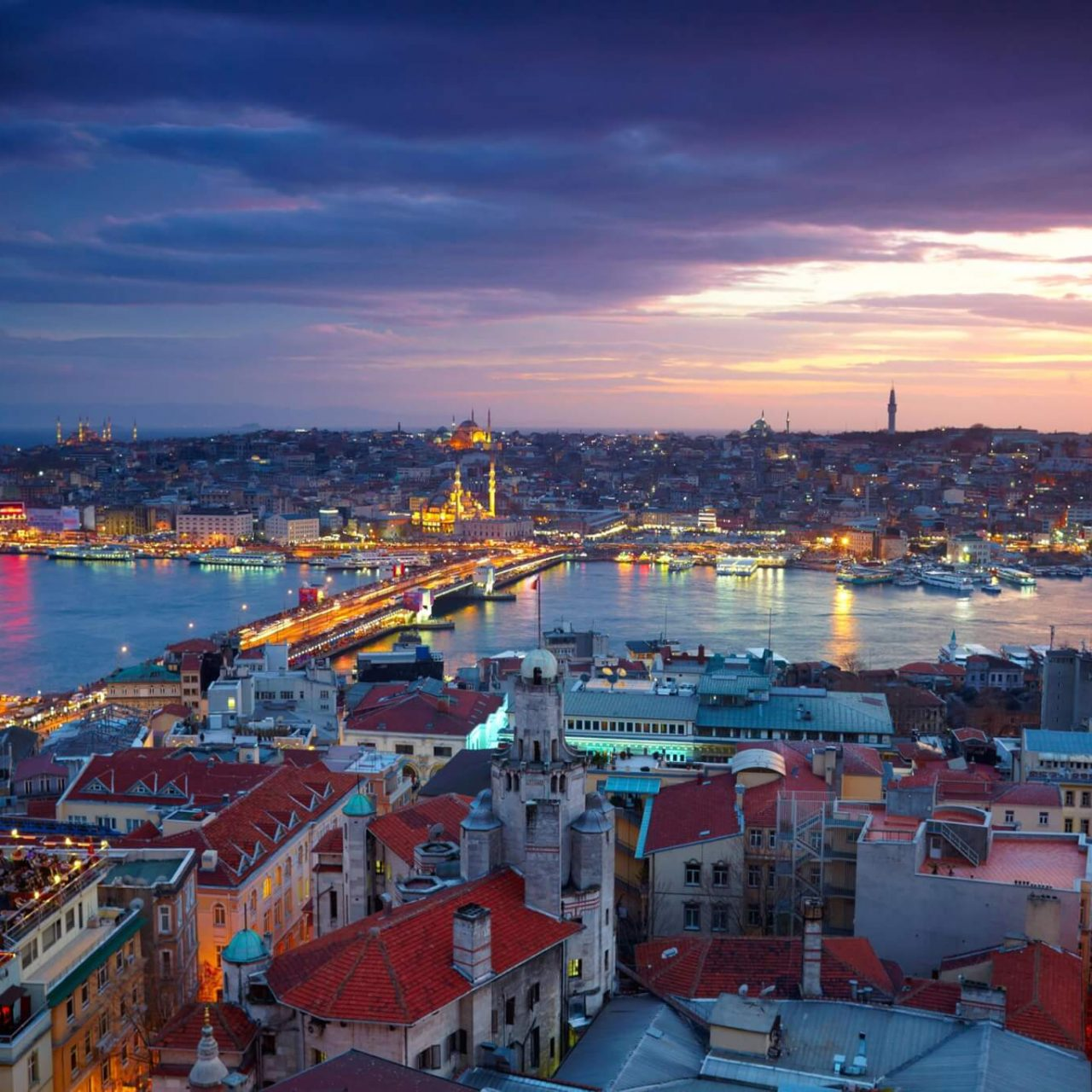 https://travelicious.bold-themes.com/main-demo/wp-content/uploads/sites/2/2018/09/destination-istanbul-01-1280x1280.jpg