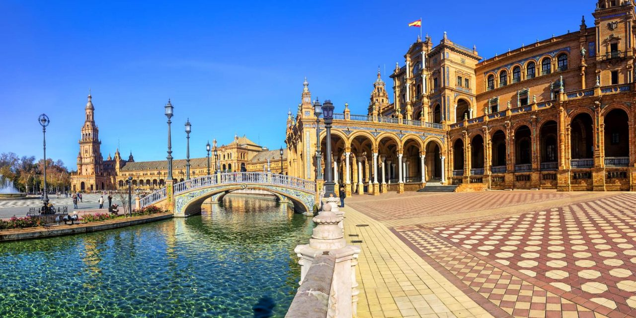 https://travelicious.bold-themes.com/main-demo/wp-content/uploads/sites/2/2018/09/seville-01-1280x640.jpg